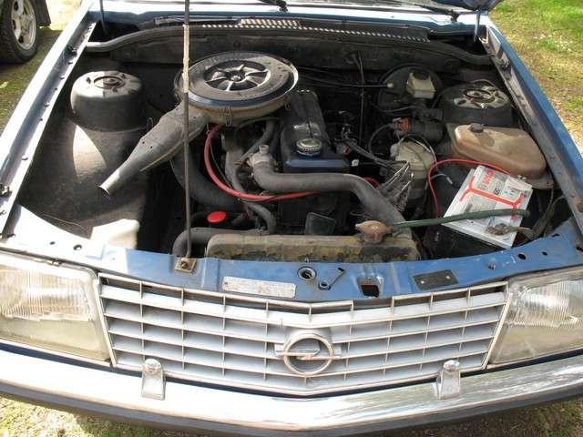 holden sv6 engine